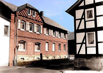 Haus Querstraße 5 (koloriertes Schwarzweißfoto) 1999