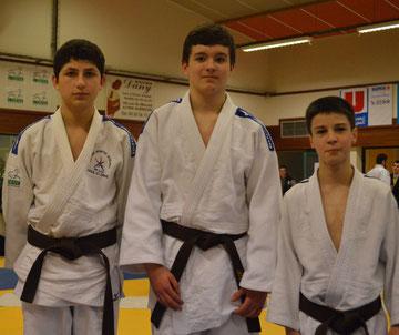 Juan-Rapgaël -60 kg; Pascal -66 kg et Quentin -34 kg championns de l'Orne minimes 2013. Absent sur la photo Gabin -38 kg champion de l'Orne