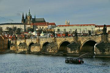 Al fons es troba el grandiós Castell de Praga