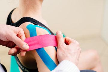 Vos Chiropracteurs en Savoie utilisent des thérapies musculaires en complément: Tens, cryothérapie, Kinésio-Taping