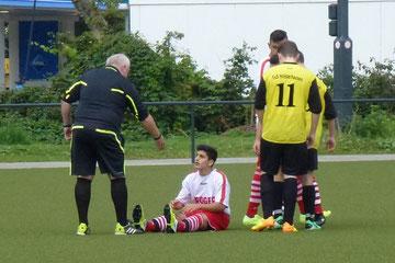 TuS A-Jugend im Auswärtsspiel beim FC Karnap. - Foto: mal.