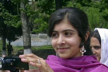 Malala, 14 ans, victime des talibans