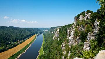 Schrammsteine an der Elbe