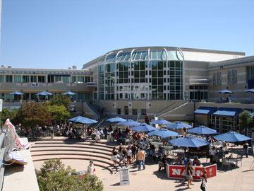 UCSDのPrice Center