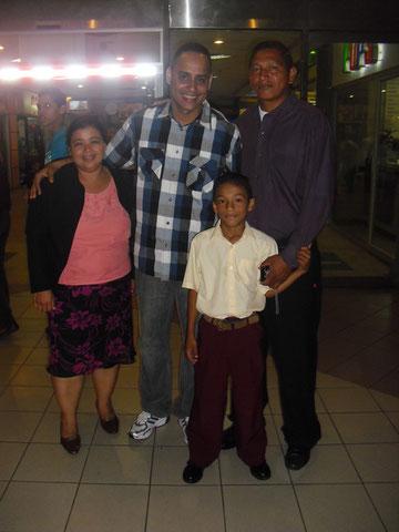 Con el Pastor Matos