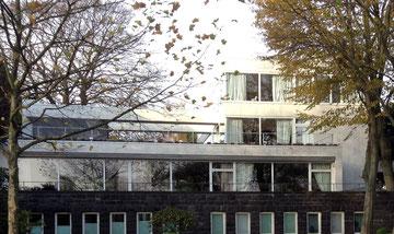 Das Tschibo-Haus, Bellevue 18, 2013