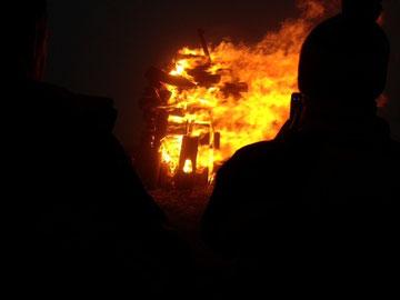 großes Feuer trotz Regen ;) Foto: Edelbert Strolz