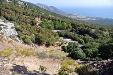 """Erster Blick von unserem """"Hausberg"""" für die nächsten Tage auf Cala Gonone"""