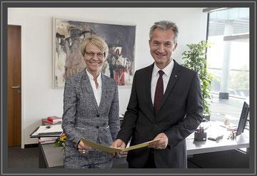 Foto:Pressestelle der Stadt Gelsenkirchen Dorothee Feller und der OB Frank Baranowski