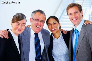 Mit einer sorgsamen Personalauswahl und gegenseitigem Vertrauen arbeitet es sich für beide Seiten entspannter und effektiver.