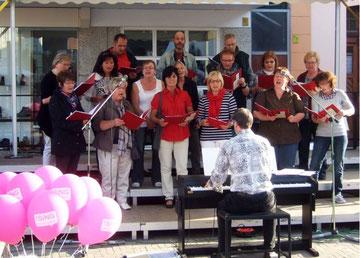 Chormitgleder bei !Sing - Foto: HPD