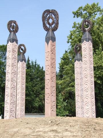 Sandstein-Skulpturen von Kai Wolf