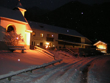 Parditschhof bei Nacht