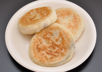 ホットク(みつ・あん・あんチーズ・キムチ餃子・キムチ餃子チーズの5種類)
