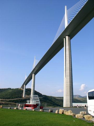 Europas größte Hängebrücke bei Millau