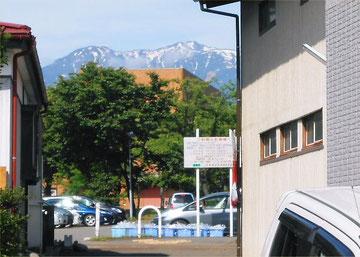 Mt. Hiuchi from the west side of LL Shihoya Arai School