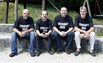 Der Vorstand des Freundeskreises Schwarzwaldzoo  e.V. : v.l.   Andreas Fröhlich (Kassierer), Ralf Volk (1. Vorstand), Uli Weissbrod (Schriftführer), Peter Hoch (2. Vorstand)
