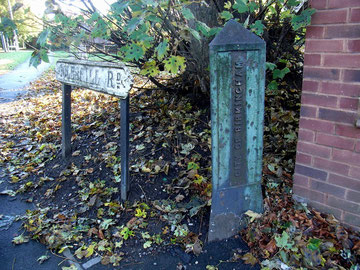 Boundary marker between Birmingham and Castle Bromwich