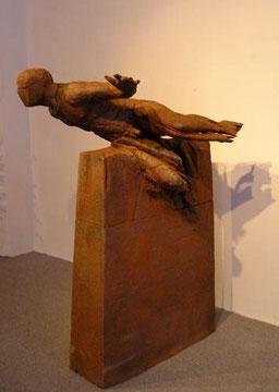 Mauersprung, Bronze, H: 136 x B: 92cm