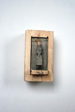 Kiste Zum Ziehen - Mann mit sich drehendem Kopf  I  Pappelholz bemalt  I  Privatbesitz