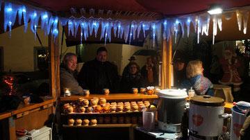 Besuch des Weihnachtsmarktes in Rüdesheim