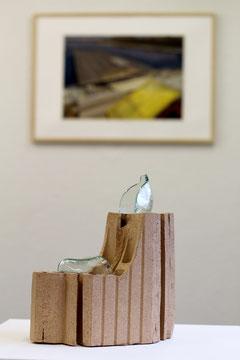 Maximale Ausnützungsziffer meines Fusses, 2014, Ton, Silikon, Glas