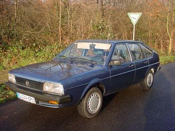 VW Passat CL aus 1983, mit 24000 km 2005 aus Erstbesitz gekauft, leider 2006 unverschuldet verunfallt