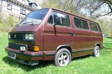 Der älteste noch bekannte Carat von 1982, hergestellt im VW Vorserienbau, innen und außen in braun, Beblankung noch ohne Löcher für den Wagenheber!