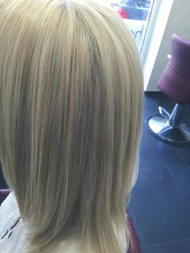 Die Haare wurden anschließend geglättet, laut Anleitung.