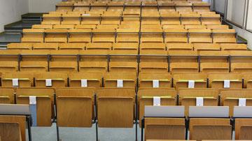 Ergonomisches Sitzkissen Bürostuhl Pad: FLOWMO an der FU Berlin im Lesesaal