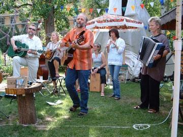 """Folkband """"Kraut und Rüben"""" zur Feier des 10-jährigen Jubiläums"""