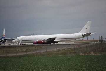 DC8 9G-AED-3