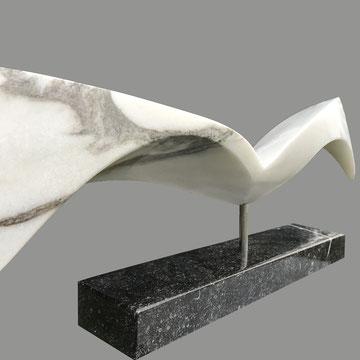 Wings of change, Covelano marmer