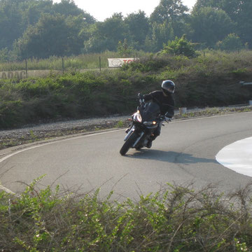 """Nun gilt es, das Gespeicherte auf mein eigenes Motorrad umzumünzen. Die Blickführung wird nun zuerst """"eingestellt"""""""