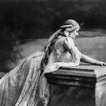 Mary Garden in Debussy's Pelléas et Mélsande