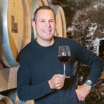Toni Bardellini Kellermeister Weinbaugenossenschaft Rathauskeller Mels