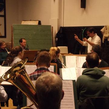 Das Blasorchester bei der Probe