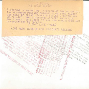 refG228 - Dos: presse: tampons et tapuscrit