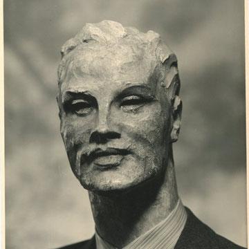 refG27 - 16,5x22,5cm - photographie de  mannequin de Secco d'ARAGONA - studio ROFA italie - tampon au dos - circa 1950 - 5/5