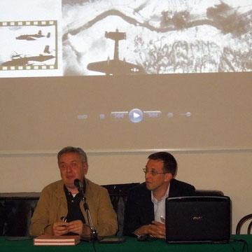 Il regista Mauro Vittorio Quattrina con lo storico Lorenzo Baratter