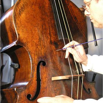 Sergio Scaramelli during his work on Gasparo da Salò