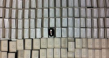 Schachteln für Gürtel aus Fahrradschlauch und Gurtband. Foto: Stef Fauser Design Berlin
