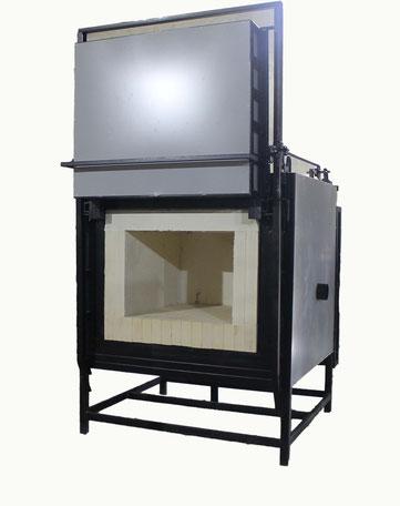 Печь подготовленная под газовый метод нагрева. Имеет вход для газовой горелки и футеровку до 1400 гр.