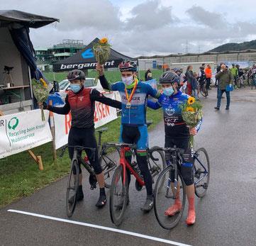Sieg durch den Kapitän Dominik Merseburg vom Cycling Team Erdiger Alkoholfrei beim schweren Rennen in Kaisten