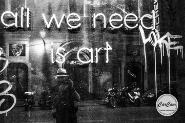 Sicile, sicilia, trinacria, catane, art, beatles, catania, italie, art, travel, love, amour, noir et blanc, black and white, street photography, carcam, je shoote