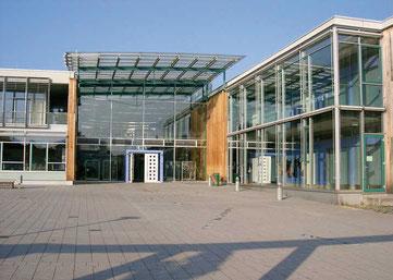 Erich Kästner Realschule in Steinheim an der Murr. Hier sorgt der Förderverein für eine noch bessere Bildung und Erziehung .