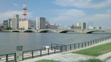 新潟市 ホームページ作成格安屋