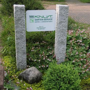 Neues Firmenschild von Knust Gartenbau und Landschaftsbau in Ilhorn bei Neuenkirchen im Heidekreis.