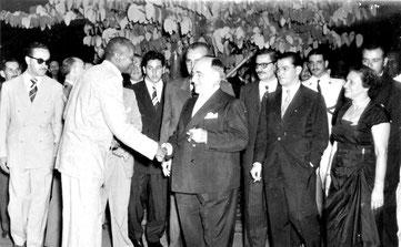 Mestre Bimba e Getulio Vargas (1933)