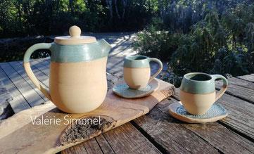 théière et tasses en céramique de Valérie Simonet